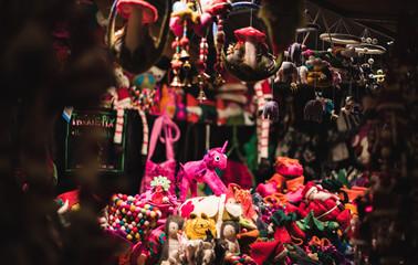 Christmas market uk manchester festival night winter holiday decoration toys kids kid child Fototapete