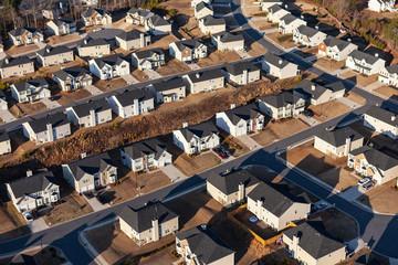 Fototapeta Aerial view new suburban homes, streets and cul-de-sacs near Atlanta, Georgia.  obraz