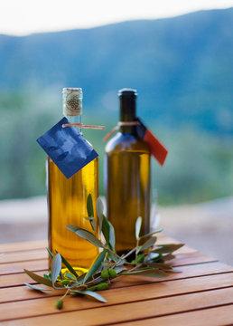 Oliv oil in bottle