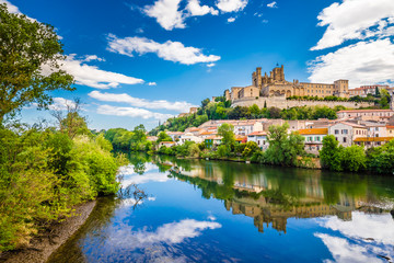 Orb River And Cathedral In Beziers, France Fotomurales