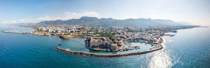 Deurstickers Cyprus Sea port and Old Town of Kyrenia (Girne) is a city on the north coast of Cyprus.