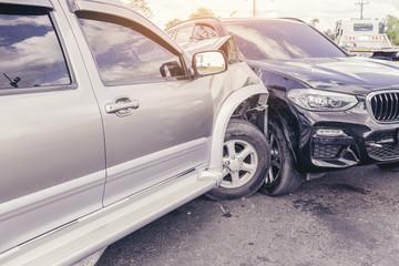 Obraz Car crash dangerous accident on the road. - fototapety do salonu