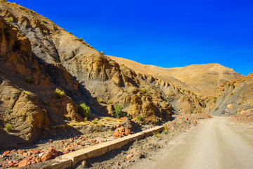 Photo sur Aluminium Bleu fonce View of the Atlas mountains landscape, Morocco, North Africa.