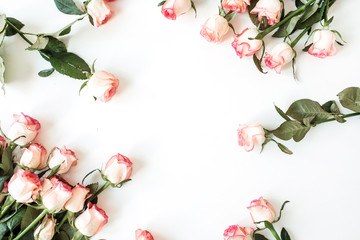 Printed roller blinds Roses Frame with blank copy space mockup made of pink rose flowers on white background. Flat lay, top view floral concept.