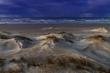 Fototapete - Cold day by Baltic sea coast.