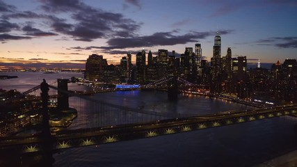 Fototapete - New York City downtown skyline aerial evening sunset