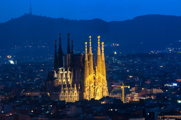 Photo sur Toile Barcelone Sagrada famila at night