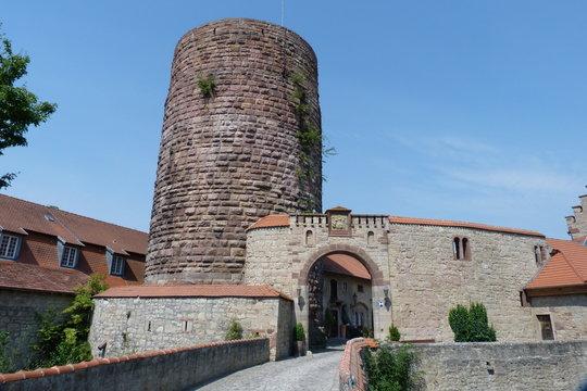 Schloss Saaleck mit Staufferturm in Hammelburg