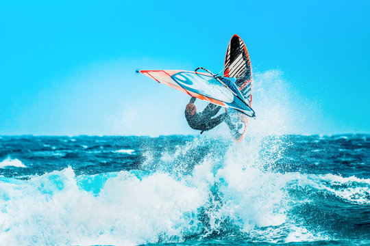 watersports: Windsurfing jumps out of the water