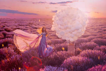 Fototapeten Rosa hell Beautiful female with balloons in lavender