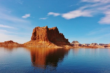 Foto op Canvas Blauw Beautiful Lake Powell in the United States
