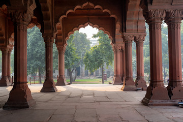 Inside the arcade area with arches in the Red Fort of Delhi India Fotomurales