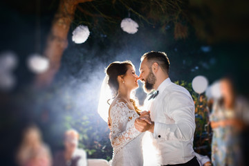 first dance - Elegant wedding by night