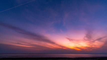 sunset in the sky Fotobehang