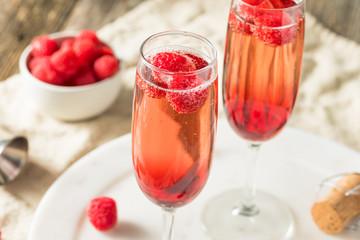 Foto op Plexiglas Alcohol Refreshing Alcoholic Kir Royale