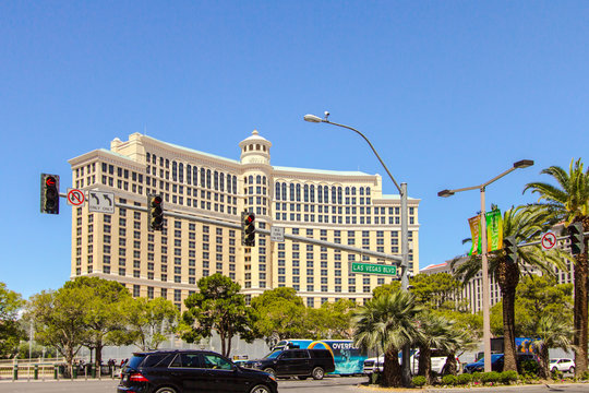 Las Vegas, Nevada: The intersection of Las Vegas Boulevard and Flamingo Road with the Bellagio Resort and Casino