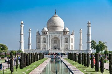 Taj Mahal ivory-white marble building mosque, Agra India.  Fototapete