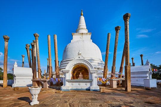 Thuparamaya is the first Buddhist temple in Sri Lanka.Tourist Destination in Anuradhapura.