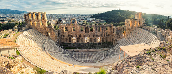 Photo sur Toile Con. Antique Antique open air theatre in Acropolis, Greece.