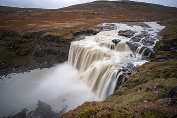 Spoed Fotobehang Bos rivier the stunning view along the waterfall circle hike in Laugarfell iceland