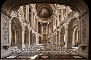 interior of the cathedral of paris Fototapete