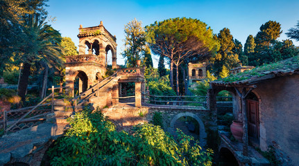 Photo sur Aluminium Europe Méditérranéenne Picturesque evening view of Taormina Giardini della Villa Comunale city park, Sicily, Itale, Europe. Traveling concept background.