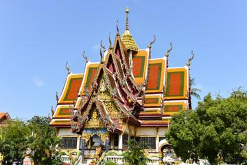 Foto auf Leinwand Kultstatte On the grounds of Wat Plai Laem Temple on Ko Samui