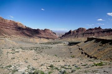Winding road through Utah Desert Mountains