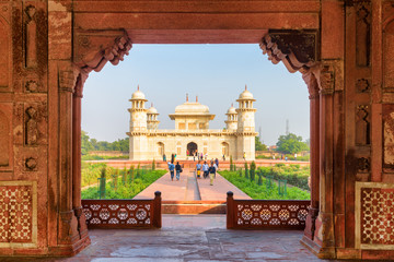 Unusual view of the Tomb of Itimad-ud-Daulah (Baby Taj) Fototapete