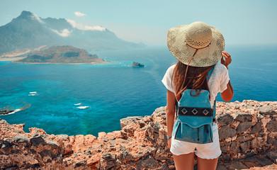 Obraz Tourism, travel, vacation on the rocky sea. - fototapety do salonu