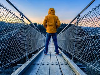 Foto auf AluDibond Brücken Geierlay suspension bridge in Hunsrück in sunrise, December 2019