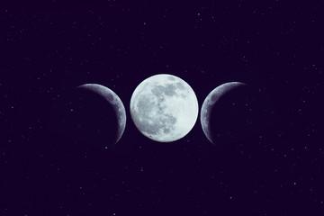 High Priestess tarot arcana crown shape of three moon phases