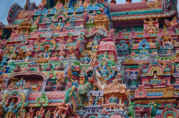 Poster Graffiti Multi colored gods and goddesses adorn the gopuram