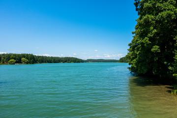 Kaszuby jezioro drzewa