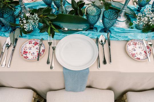 Wedding banquet table decoration