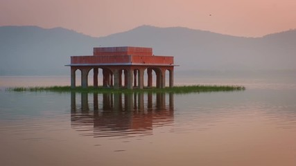 Fotomurales - Jal Mahal Water Palace at sunrise in Jaipur. Rajasthan, India