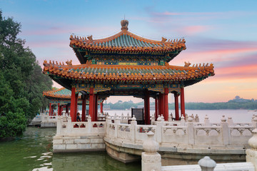 Photo sur Plexiglas Pekin Beihai Park is an imperial garden