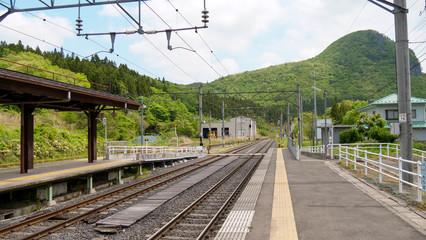 Foto auf AluDibond Eisenbahnschienen 鉄道, レール, 線路, 仙山線, 電車