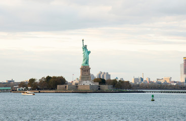 Foto op Aluminium Historisch mon. USA, New York, New York City, View of Statue of Liberty