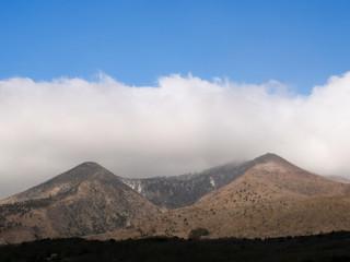 那須 黒尾谷岳と南月山