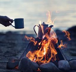 romantische Stimmung am Lagerfeuer