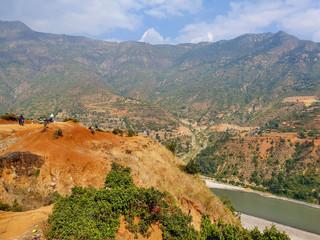 Spoed Foto op Canvas Khaki Everest base camp trek: jeep ride from Salleri to Kathmadu. Beautiful brown-orange road landsapes. Trekking in Himalayas, Nepal - November 2019