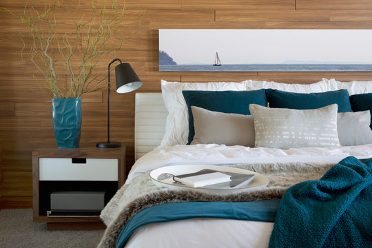 Teal and white accents in bedroom