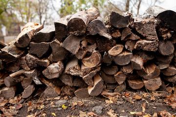 Photo sur Plexiglas Texture de bois de chauffage Firewood for household needs in rural areas