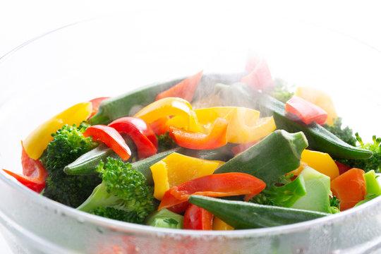 温野菜の調理シーン