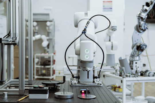 Robotic arm doing a repetitive task