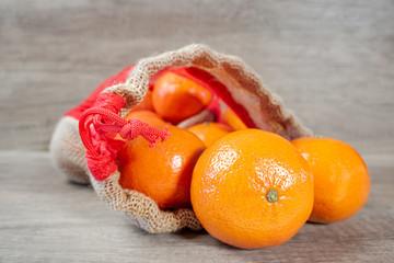 sachet mandarine ouvert en gros plan