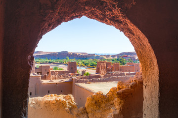 Spoed Foto op Canvas Chocoladebruin Kasbah Ait Ben Haddou in the Atlas Mountains of Morocco. UNESCO World Heritage Site since 1987. Several films have been shot there.
