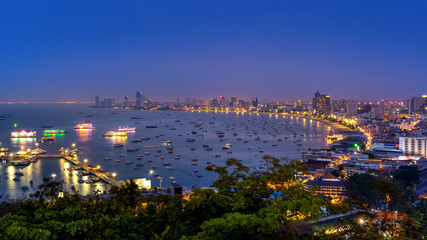 Fototapete - Panoramic scenic of Pattaya city at night, Thailand.