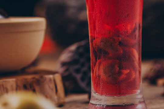 Luo han guo, red dates, black tea, In a clear glass.In ancient China, it had the function of kee